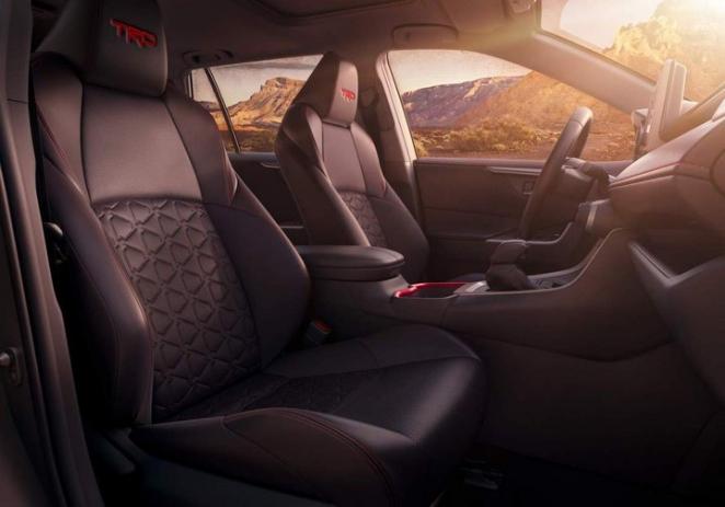 Toyota RAV4 обзавелась экстремальной модификацией TRD Off-Road