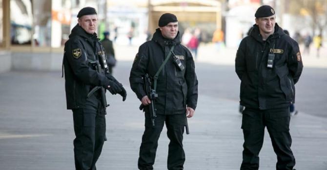 Плата милиции во время массовых мероприятий: закон или политическая дубина?