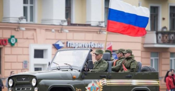 Какие проблемы сулит Лукашенко военный парад в Минске