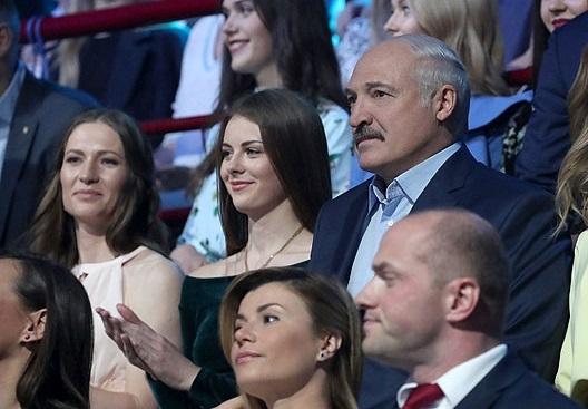 История Маши Василевич: как за год красавица превратилась в главную спутницу Лукашенко