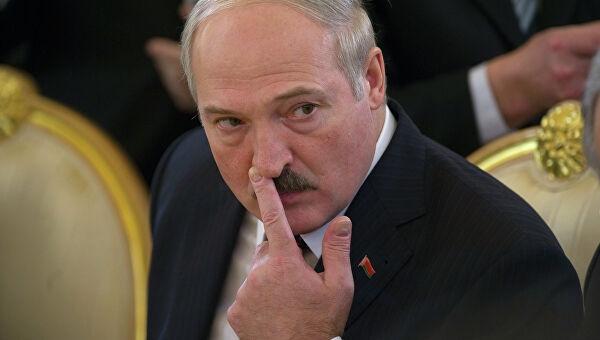 Ручное управление. Лукашенко ведет кампанию и за безымянных депутатов, и за себя