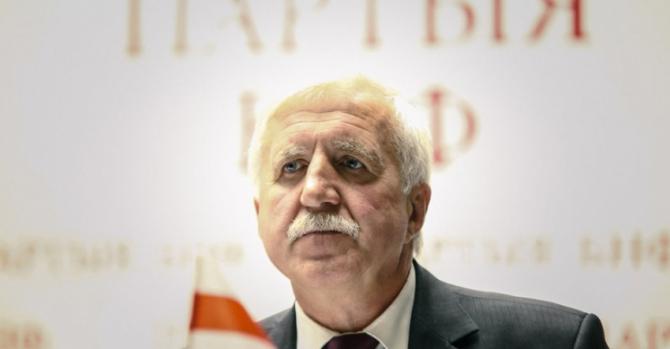 Костусев: Если Лукашенко окончательно сдаст Беларусь, нужно создавать партизанские отряды