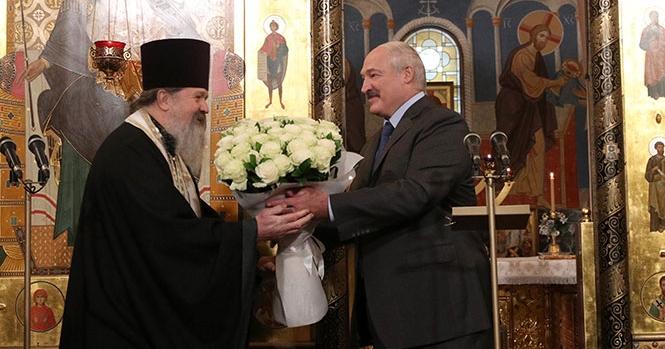 Чем известен протоиерей Лемешонок, подаривший Лукашенко икону
