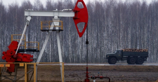 Belarus Scrambles For Oil Amid Supply Standoff With Russia