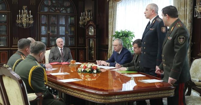 Лукашенко раскритиковал главу МВД. Чуть не досталось и председателю КГБ