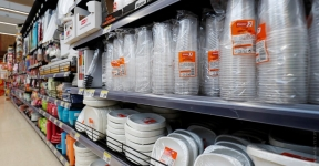 Belarus Will Ban All Plastic Tableware In Public Catering In 2023