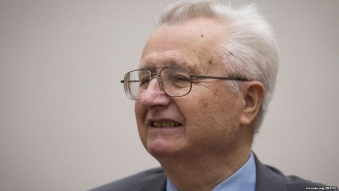 """Экс-глава Нацбанка Беларуси: """"Нам предстоят тяжелые годы. Зарплаты будут падать"""""""