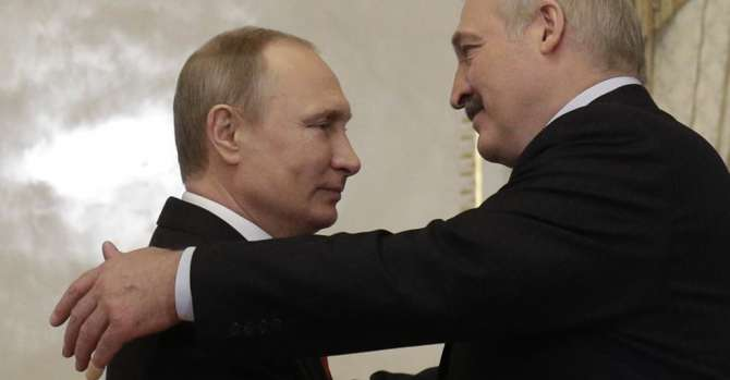 Putin Promises Lukashenka $1.5 Billion Loan, Warns Of 'Foreign Interference'