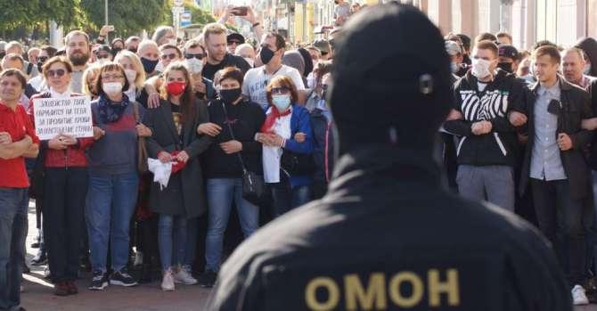 ОМОН стал главным государственным институтом. Что происходит с белорусским государством