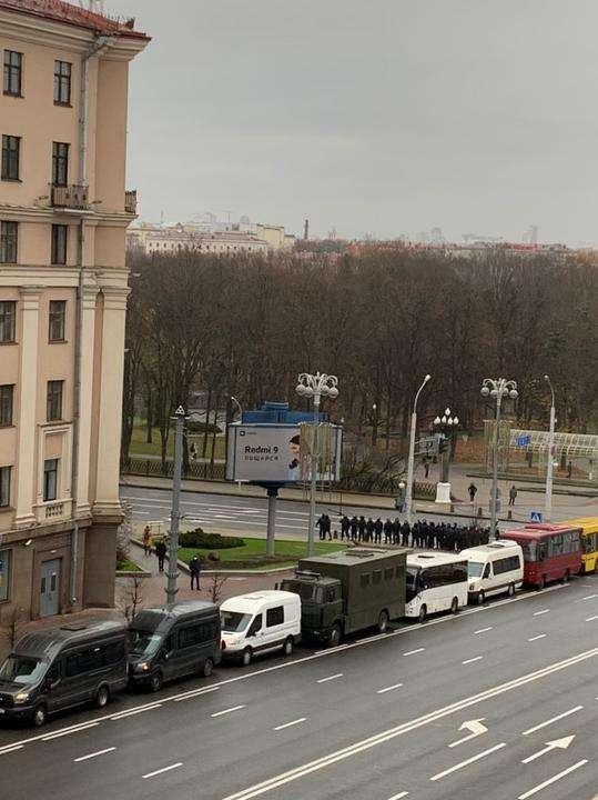 «Нет — концлагерю в Беларуси». Тысячи пенсионеров прорвались Маршем в заблокированный центр Минска